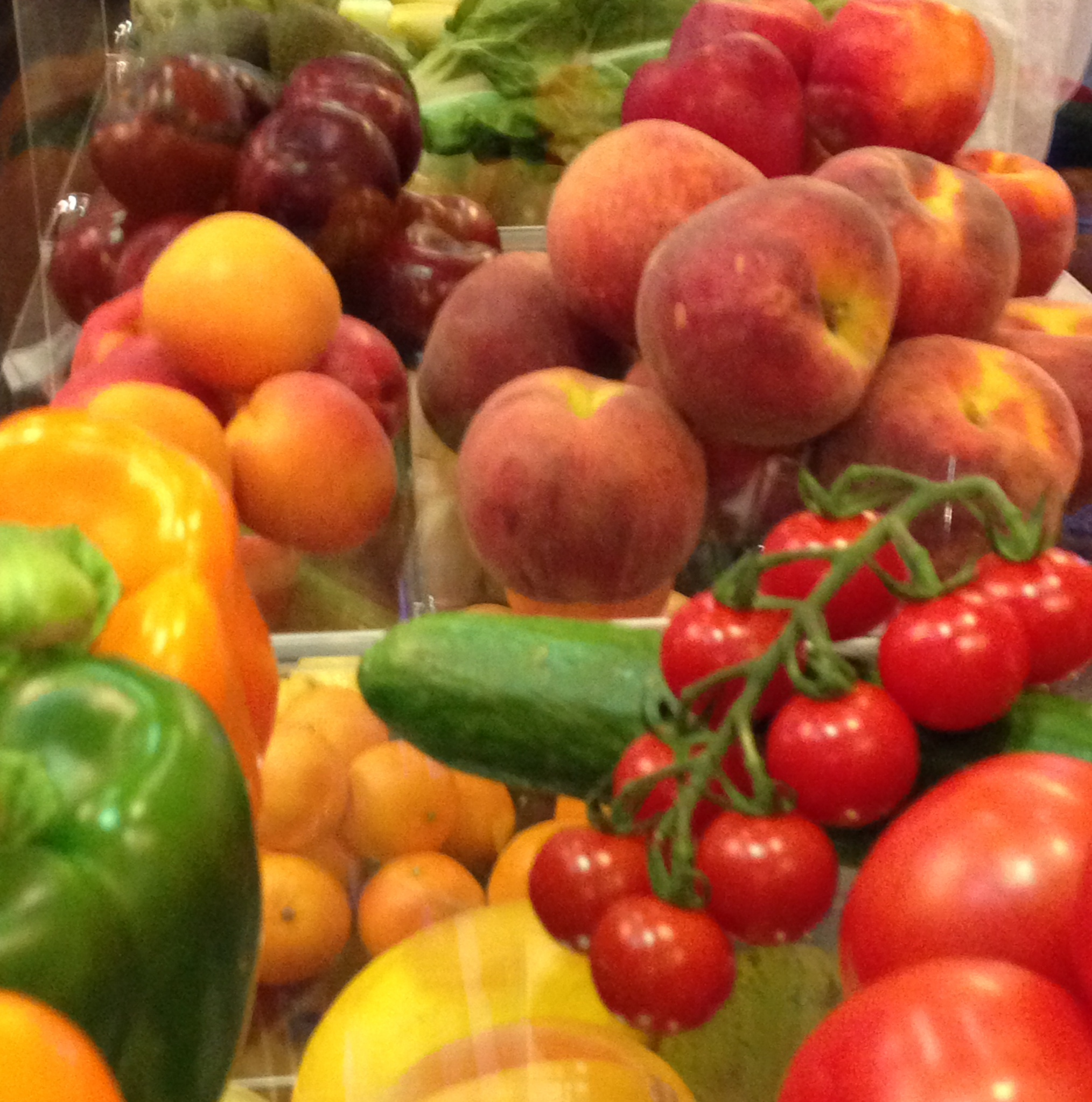 Wholesale trade in fruit and vegetables was slow and steady in the UK in the first half of June but picked up towards the end of the month as the weather improved, according to the UK Government's Department for Environment, Food and Rural Affairs (Defra).