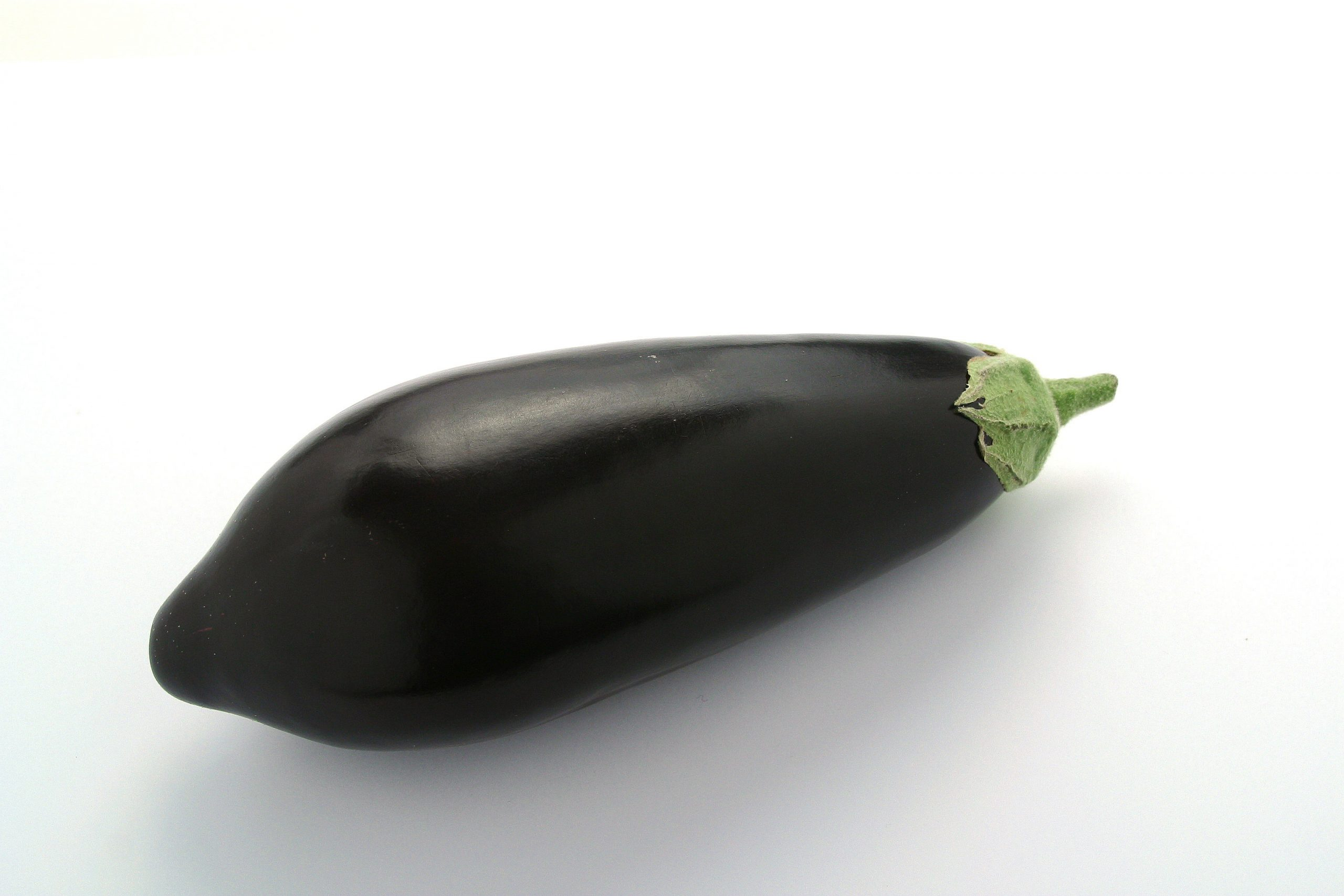 A new standard for aubergines has been forwarded for final adoption by the Codex Alimentarius Commission by the Codex Committee on Fresh Fruits and Vegetables.