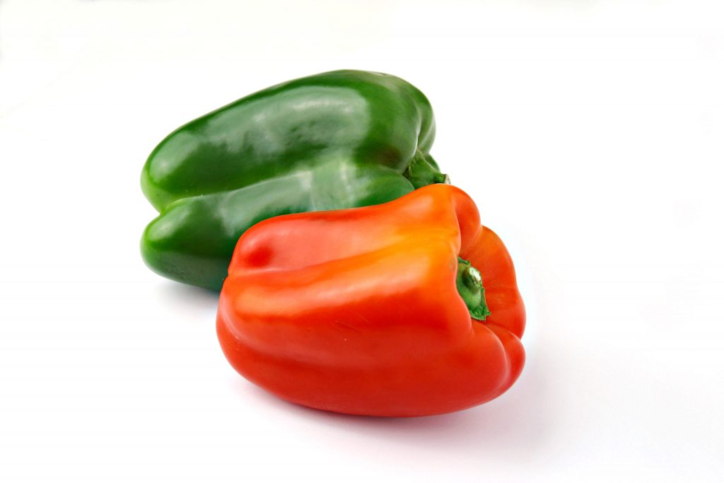 Fresh peppers from Ecuador may be imported into the United States effective November 23. Under a final rule published by the US Animal and Plant Health Inspection Service (APHIS) on October 23, the peppers will have to have been produced in accordance with a systems approach