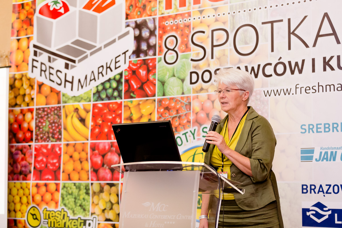 At Fresh Market Conference 2015, Bioekspert's Dorota Metera talks about the marketing and sale of organic produce in supermarkets in Poland.