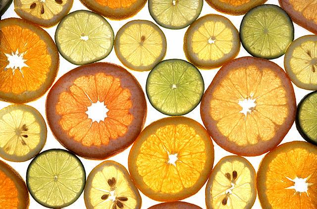 640px-Citrus_fruits