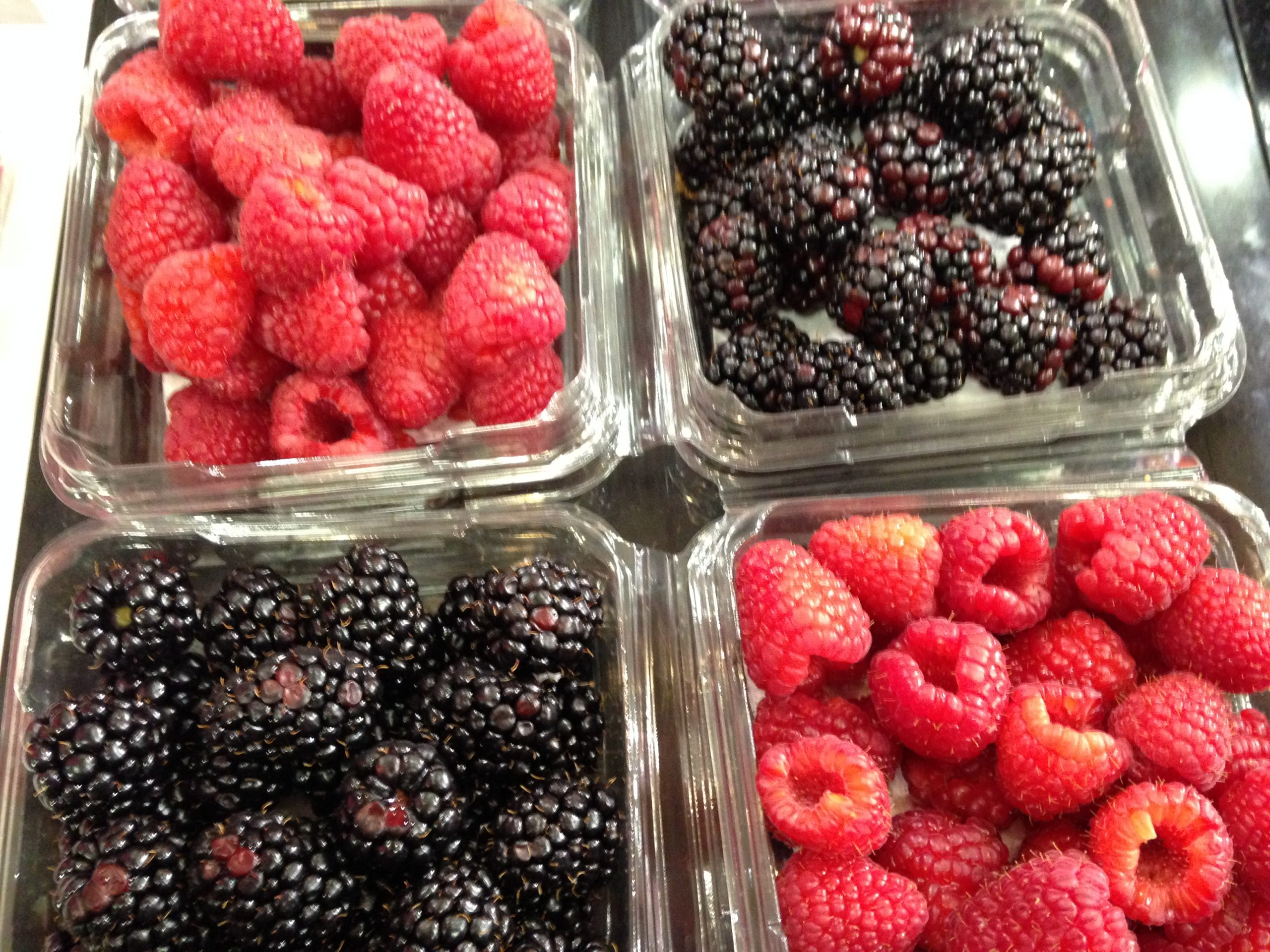 Spanish soft fruit production increases and consolidates as an alternative to strawberries.