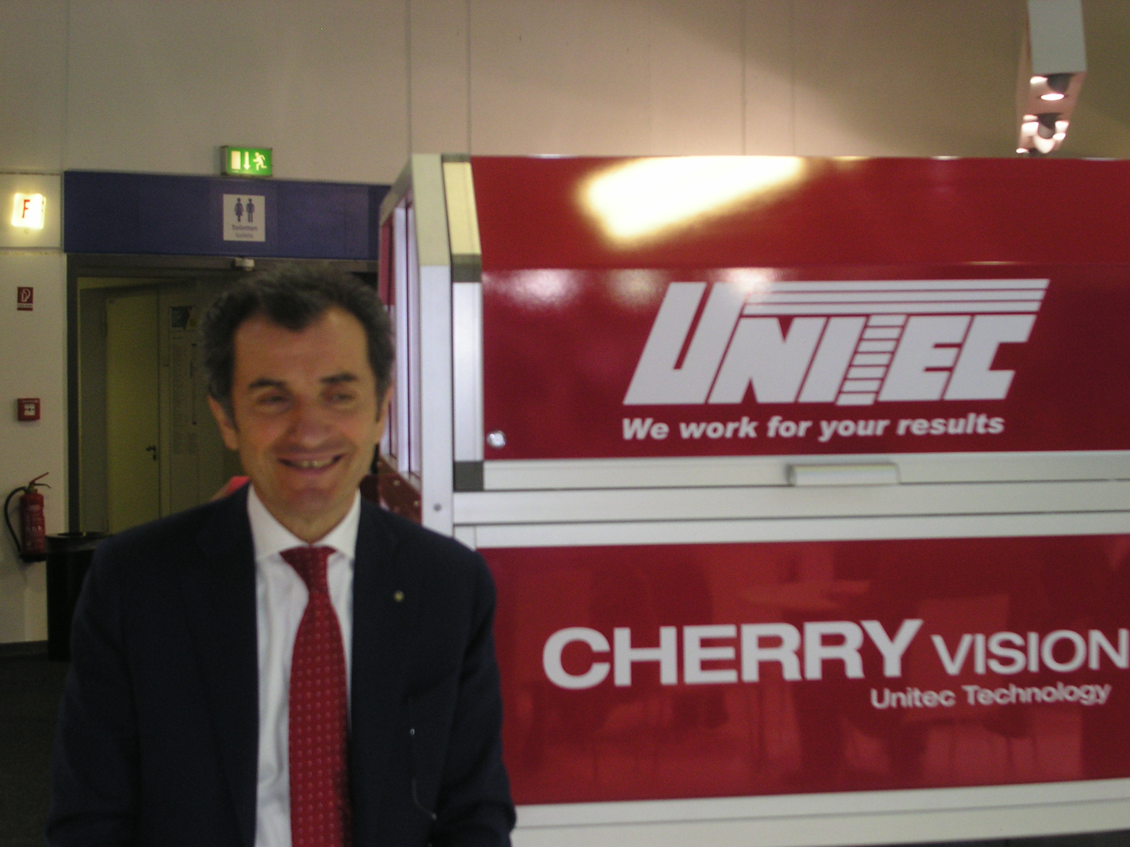Unitec's quality sorting and grading systems (colour, shape, ripeness, degrees Brix, acidity, internal and external defects, etc.) guarantee a high level of accuracy and precision in fruit quality sorting.