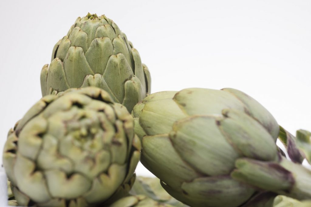 Spain's May-November summer harvest of artichokes is underway, with an output of 4 million tons anticipated.
