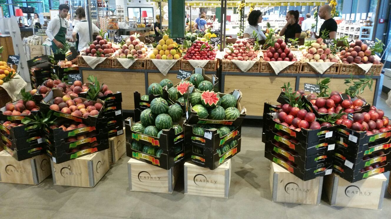The Apofruit Group's top quality Italian fruit and vegetable brand goes on sale at the Eataly outlet in Munich and seven outlets in Italy itself. A partnership involving other European stores is in the pipeline.