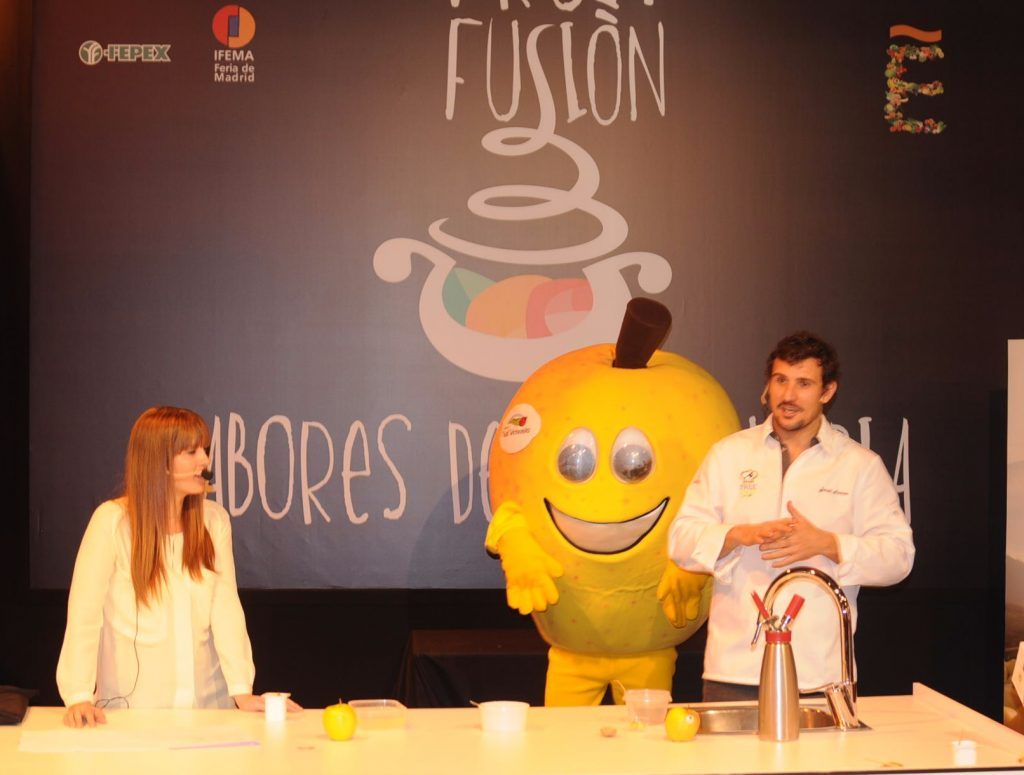 """With its slogan """"Avant-garde flavours"""", Fruit Fusion is a unique opportunity for producers to promote their products to the international channel though attractive demonstrations, product tastings and cooking shows courtesy of renowned chefs"""