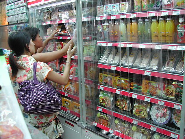 Nielsen research shows the lure of cheaper goods online is seeing more and more Chinese embrace ecommerce — particularly via smartphones. This trend and the increasing popularity of convenience stores are together eroding the market share of superstores and supermarkets and making them evolve.