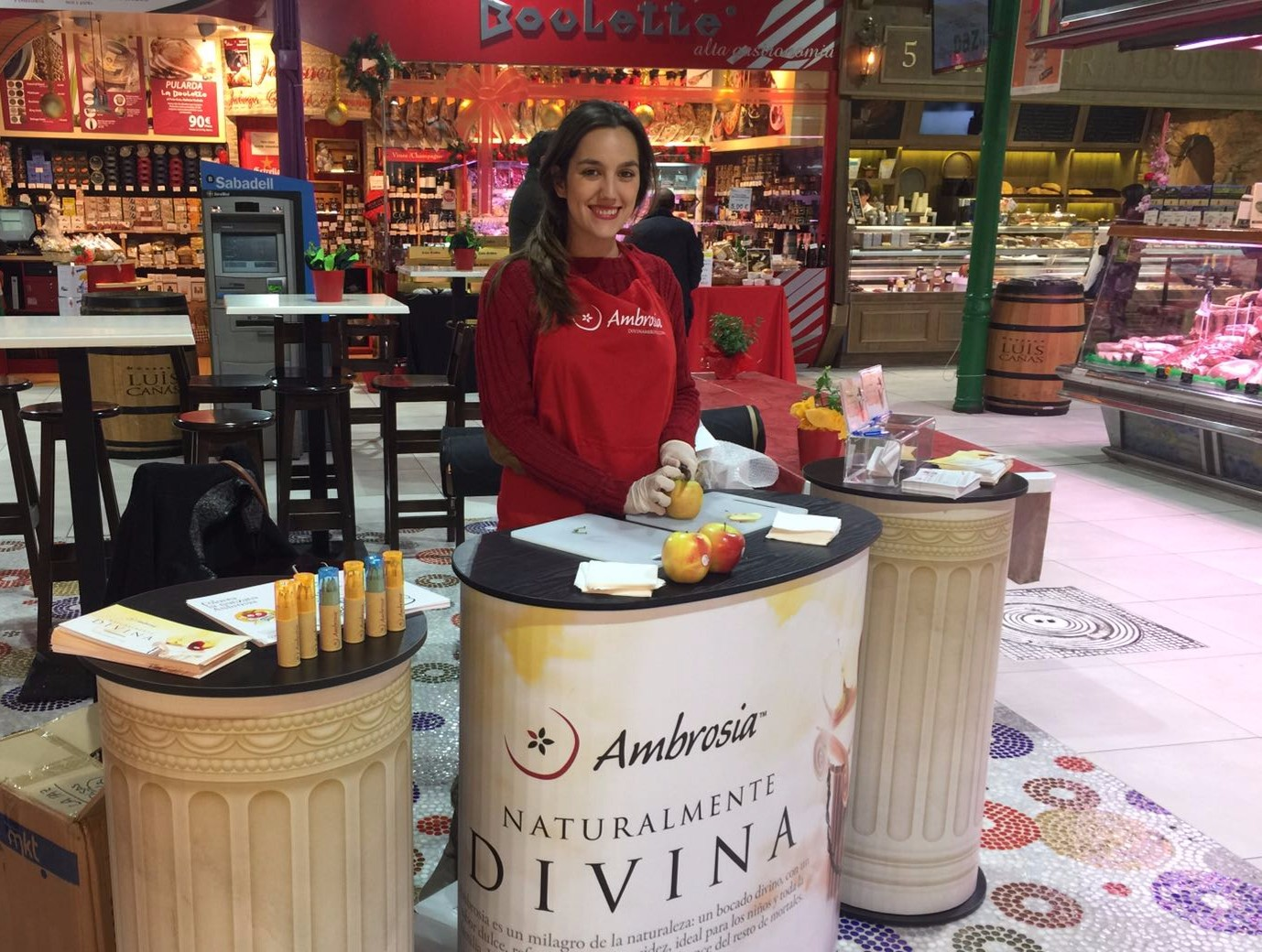Since its debut in Spain at the Fruit Attraction fair in Madrid in October, Ambrosia – an apple combining sweet taste, low acidity and a crisp bite – has been winning over more Spaniards via a campaign involving promotions at major fresh food markets.
