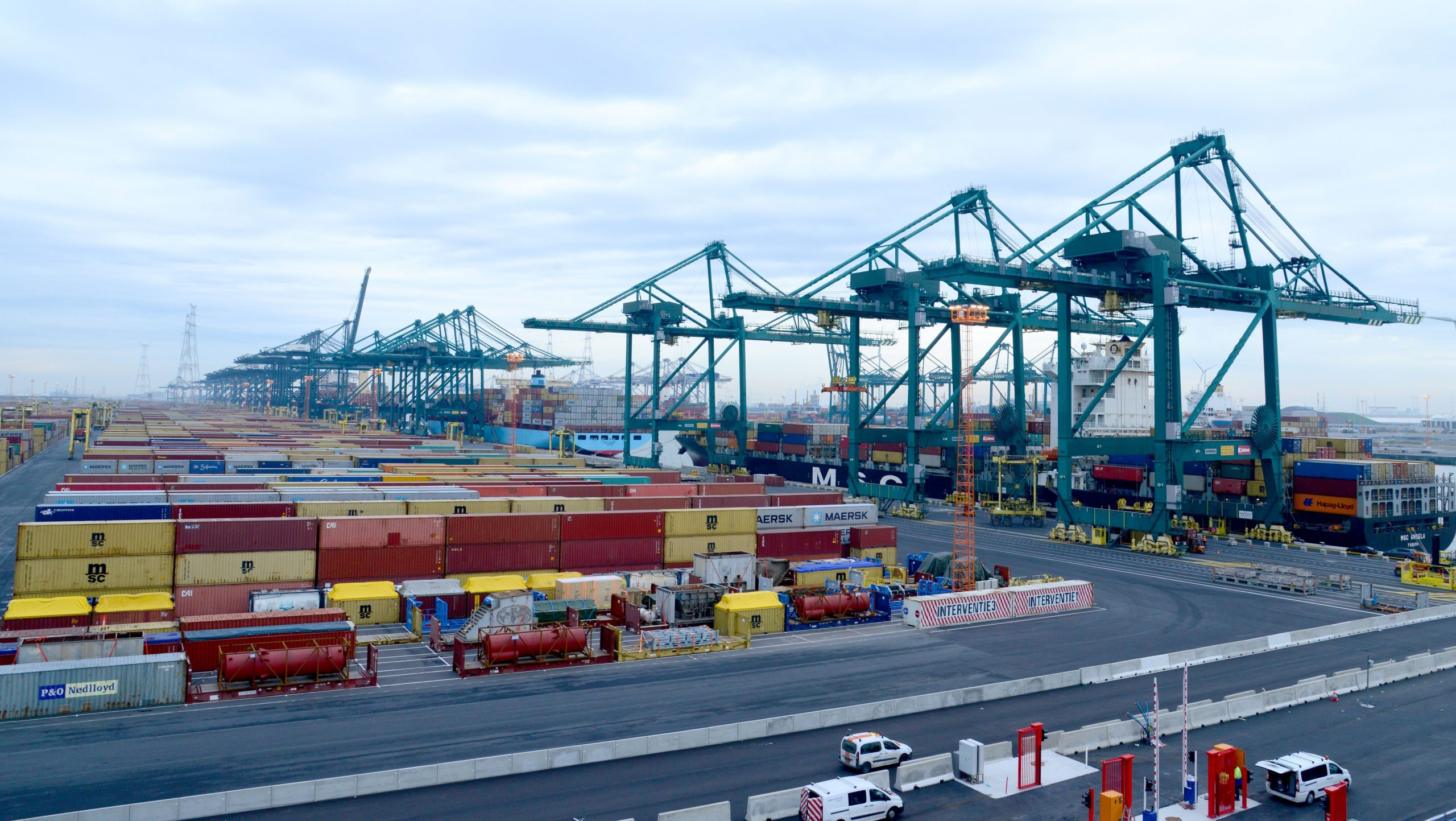 For the first time, the Port of Antwerp's shipping container volume has risen above 10 million TEU