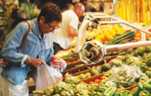 Though French consumption has been stable over the past 10 years, bananas and exotic products have grown by around 20% and berries by 30% while home-grown fruits have fallen by 15%