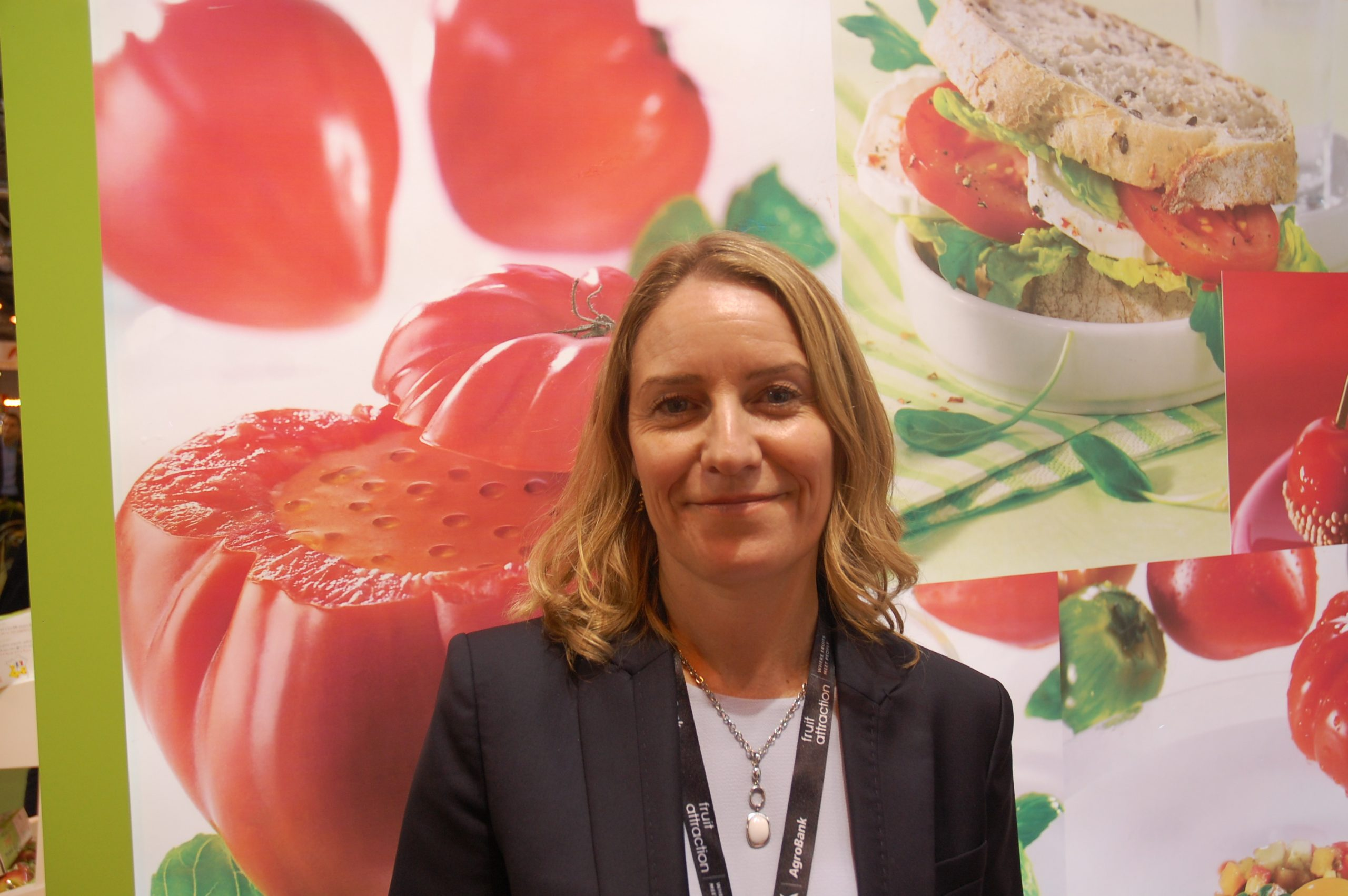 CMO Savéol is offering new types of tomato packs for consumers.CMO Savéol is an agricultural cooperative with its headquarters in France and 130 farmers producing the widest range of tomatoes on the French market.