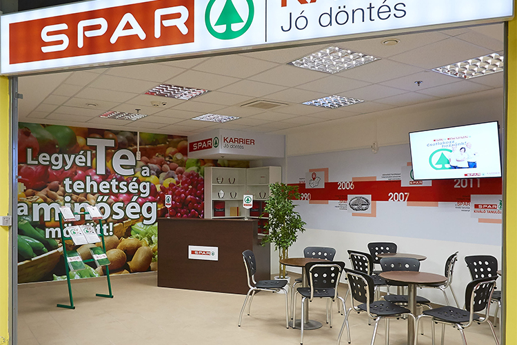 Retail chain Spar opens its first recruitment office in Hungary, where it has nearly 500 stores, employs 13,000 people.