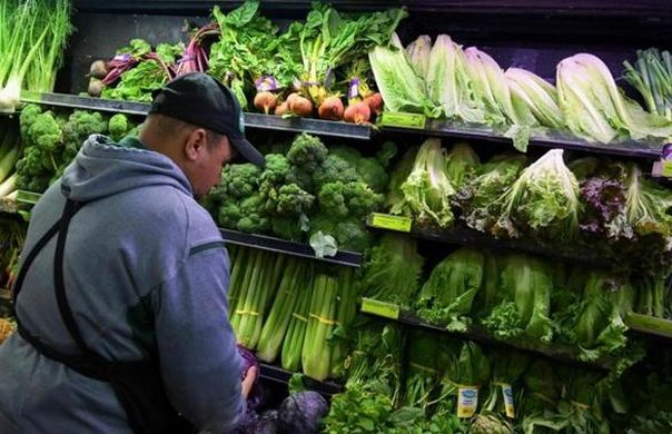 US consumers warned not to eat Romaine Lettuce following E.Coli outbreak