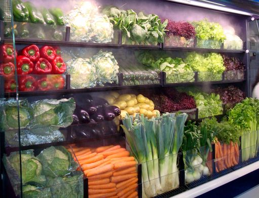 Spaniards consume more vegetables and less fruit