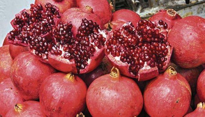 Peru's pomegranate exports soar 40%