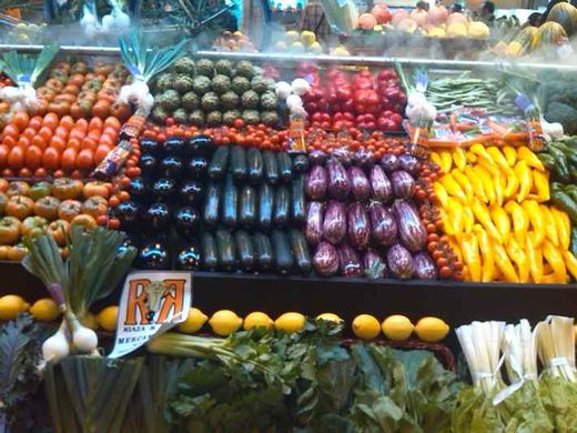 Spanish stone fruit and grape campaigns on track