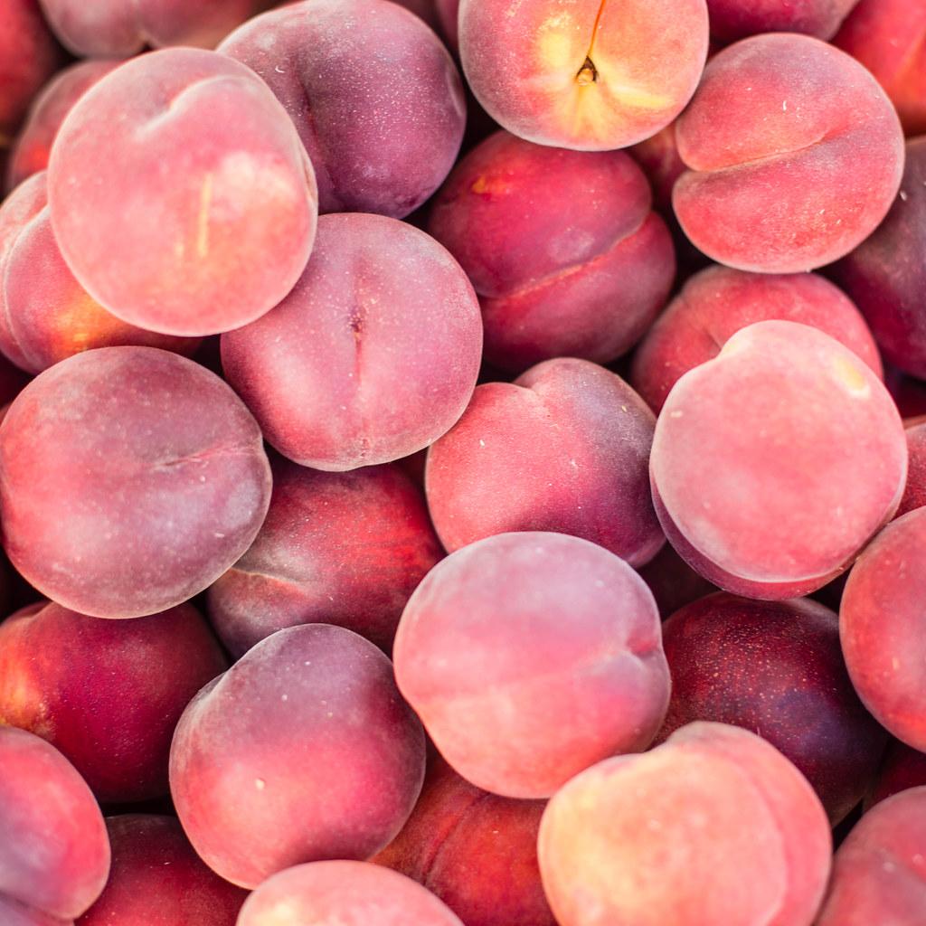 Large European peach and nectarine crop in 2019/20