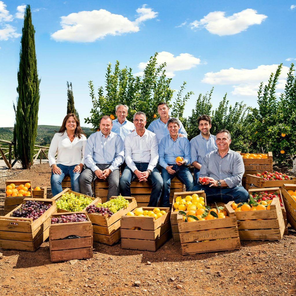 SanLucar and its master growers distribute free food to the truck drivers, © SanLucar