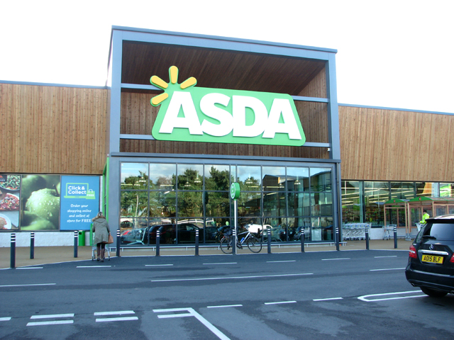 Asda owners reassure investors following Deloitte's sudden exit © Evelyn Simak