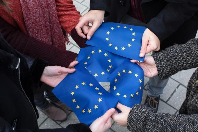 EU Commission sets out 2021 Work Programme to support European recovery including Green New Deal