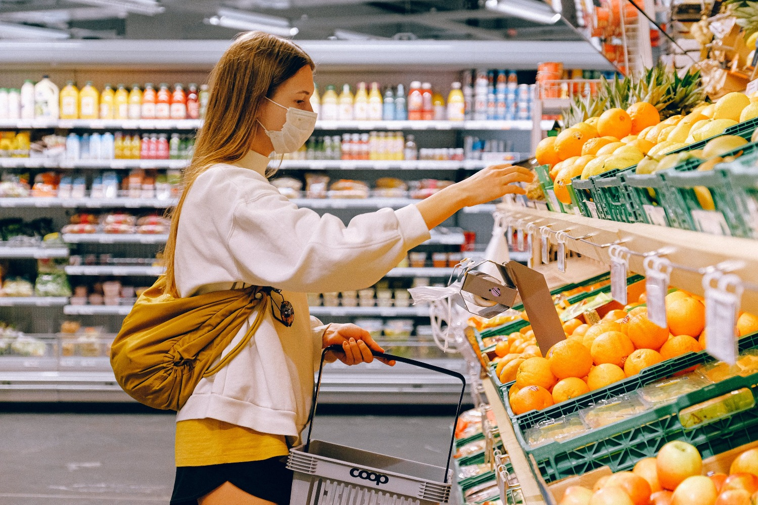 UK supermarket sales growth continues