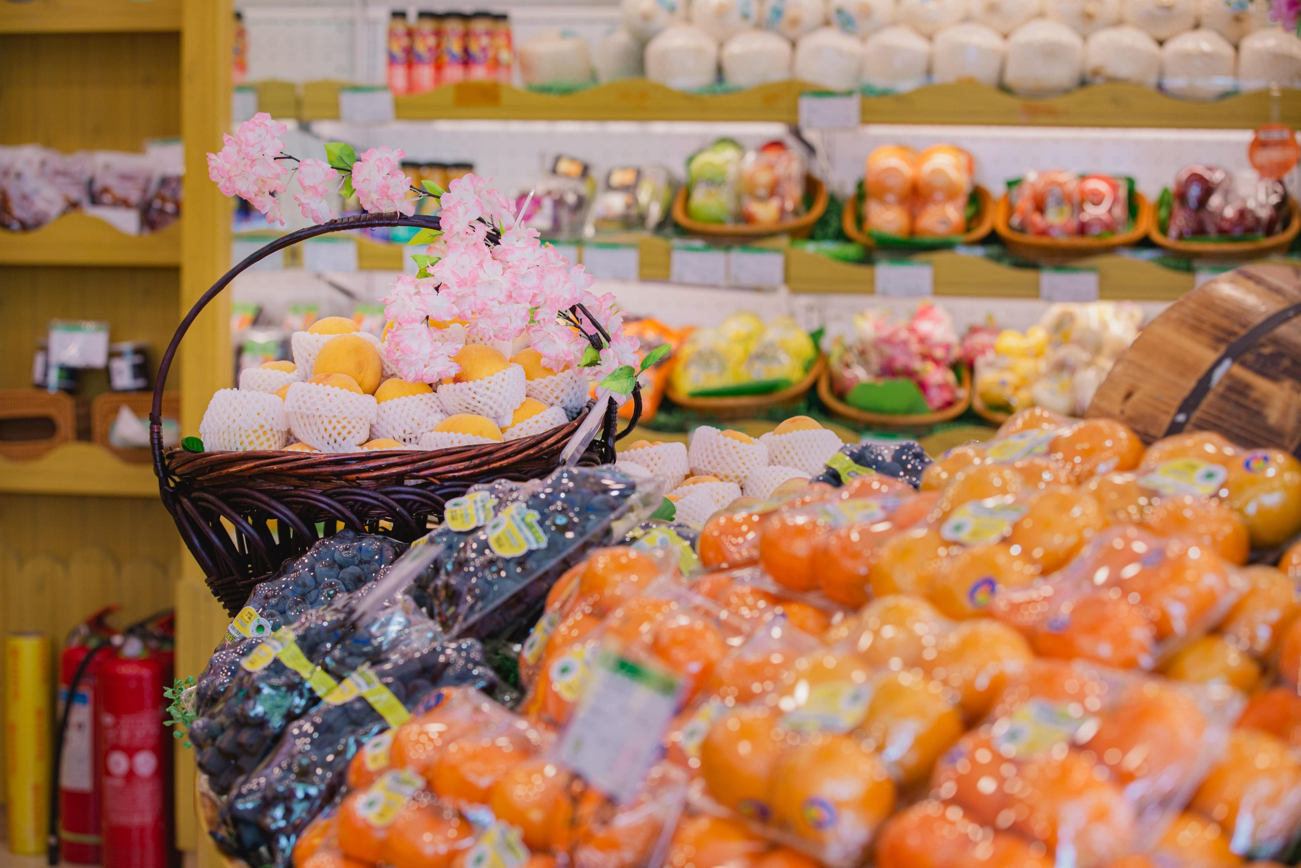 Leading Chinese fruit retailers to go public in 2021