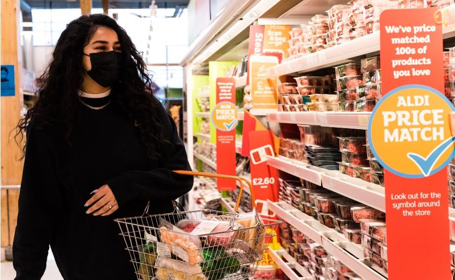 Sainsbury's vows to match Aldi in price war