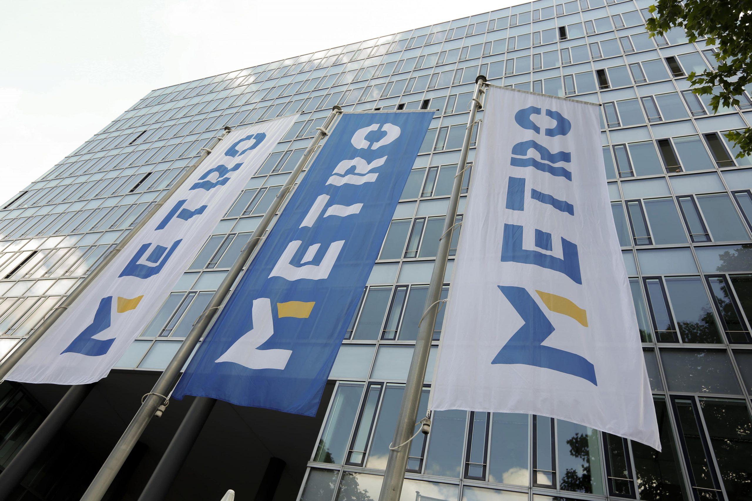 Metro remains defiant despite sales slump