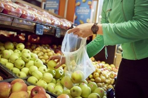 Albert Heijn eliminates plastic bags for fresh produce