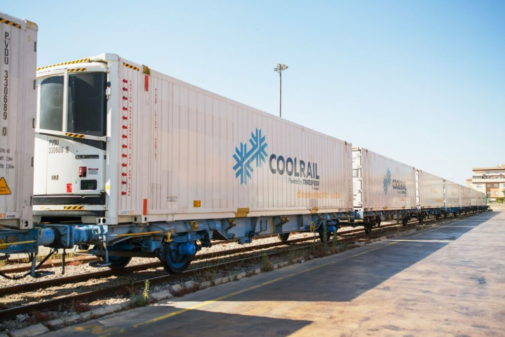 First rail shipment of fresh produce sets off from Valencia to Denmark