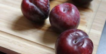 Californian plums to enter Japan for first time