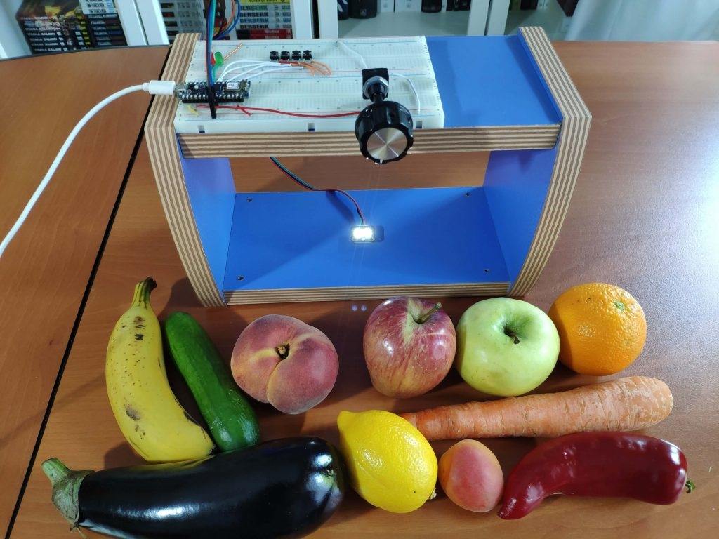 Vegetables and Fruits Ripeness Detection by Colour with TensorFlow © The Amplituhedron